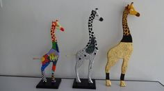 dibujos animales mdf puntillismo - Buscar con Google Mosaic Animals, Wooden Decor, Fused Glass, Wood Art, Wood Crafts, Decoupage, Diy Home Decor, Projects To Try, Arts And Crafts