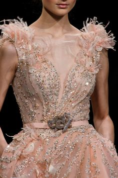 Ziad Nakad at Couture Spring 2017 - Details Runway Photos High Fashion Dresses, Glam Dresses, Pretty Dresses, Wedding Dresses, Beautiful Gowns, Beautiful Outfits, Tout Rose, Couture Details, Fairy Dress