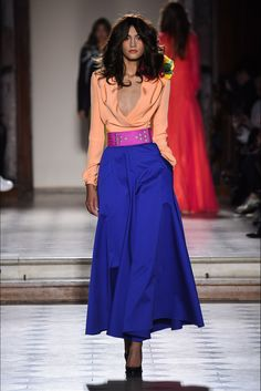 Catwalk photos and all the looks from Julien Fournie Spring/Summer 2016 Couture Paris Fashion Week Runway Fashion, Fashion Beauty, Fashion Show, Paris Fashion Week 2016, Fashion 2016, Julien Fournié, Curvy Models, Italian Fashion, Spring Summer 2016