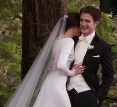Edward-Bella. No, Kristen and Rob.