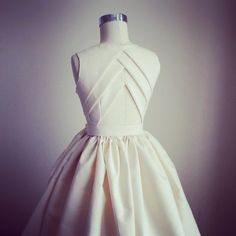 Origami dress pattern fashion design ideas for can find Origami dress and more on our website.Origami dress pattern fashion design ideas for 2019 Fashion Sewing, Diy Fashion, Ideias Fashion, Fashion Dresses, Fashion Ideas, Sewing Clothes, Diy Clothes, Clothing Patterns, Dress Patterns