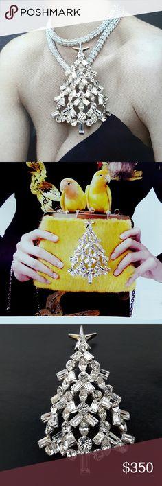 Very Rare Nolan Miller Swarovski Christmas Brooch Coming soon... Vintage Jewelry Brooches