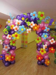 balloon art flower archway