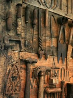 Could display all the old tools like this~ in the barn?
