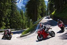 Wir verraten Euch die 10 coolsten Motorrad-Strecken in Deutschland! Foto: Getty Images