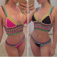 Motif Bikini Crochet, Crochet Top, Crochet Capas, Mode Du Bikini, Knitting Accessories, Swimsuits, Swimwear, Sexy Hot Girls, Crochet Clothes