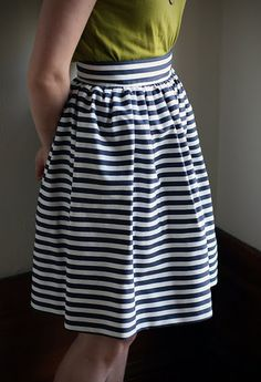 DIY: gathered skirt  @ Michelle Yaklin: Can you make this for me?