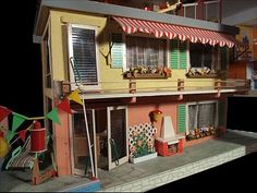 Miniatures | Mid-Century 1960 Doll's House