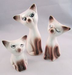 Cute Siamese Cat Salt and Pepper Shakers With by TimeGoneByVintage, $12.00