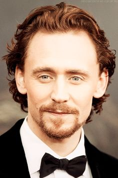 hannahmariehiddles:      Oh Wow Sir! You are just absolutely gorgeous! #seeesh! #halp    (Source: hiddleston-is-my-cup-of-tea)