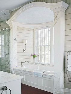Luxury Bathroom Master Baths Paint Colors is definitely important for your home. Whether you pick the Luxury Bathroom Master Baths Towel Storage or Bathroom Ideas Master Home Decor, you will create the best Dream Master Bathroom Luxury for your own life. Chic Bathrooms, Dream Bathrooms, Beautiful Bathrooms, Luxury Bathrooms, Master Bathrooms, Master Bathtub Ideas, Bathtub Alcove, Big Tub, Home Decor Ideas