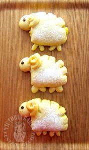 lamb cookie shape