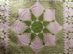 Lime Squeeze quilted by sewfarsewgood - breathtaking feathered star - WOW