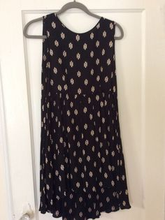 Forever 21 print dress.  Size small. Worn once. $15 shipped in U.S.