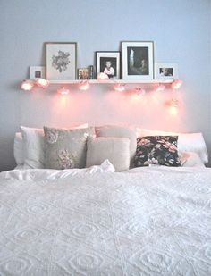 Flower lamps as decoration in the bedroom # Flower lamps # .- Blumenlampen als Dekoration im Schlafzimmer # Blumenlampen …. Flower lamps as decoration in the bedroom # Flower lamps … - Dream Rooms, Dream Bedroom, Home Bedroom, Pretty Bedroom, Fall Bedroom, Bedroom Furniture, Cute Bedroom Decor, Bedroom Apartment, Teenage Room Decor Diy