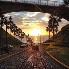 Bajada Balta, Miraflores. Lima, peru. The sun sets over #Lima. Wish we were there to see it in the flesh!