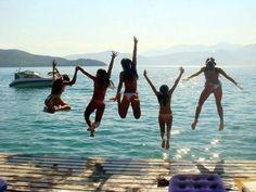 girls just wanna have fun :)