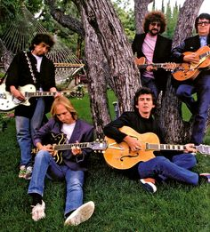 """Handle with care"" The Travelling Wilburys"