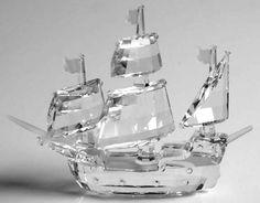 swarovski santa maria Swarovski Ornaments, Swarovski Crystal Figurines, Swarovski Jewelry, Crystal Jewelry, Swarovski Crystals, Cut Glass, Glass Art, Geek Jewelry, Gothic Jewelry