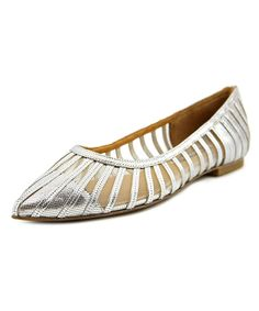 KAY UNGER Kay Unger Kallie   Pointed Toe Leather  Flats'. #kayunger #shoes #flats