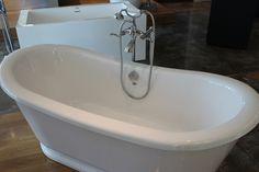 Boutique, Corner Bathtub, Bathroom, Shower Door, Photo Galleries, Puertas, Bath Room, Bathrooms, Bath