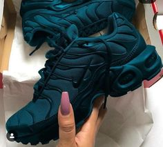 Wake up to savings with the neccessities of beauty! by Of Beauty Cute Sneakers, Air Max Sneakers, All Black Sneakers, Sneakers Nike, Nike Air Max Plus, New Nike Air, Jd Sports, Foot Locker, Platform Tennis Shoes