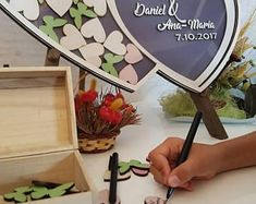Personalized Wedding Anniversary Guest Book Alternative by DecoJubilee Wooden Easel, Unique Gifts, Handmade Gifts, Guestbook, Wedding Guest Book, Personalized Wedding, Christening, Wedding Anniversary, Box