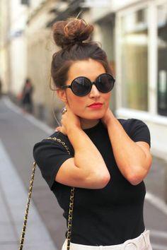 15 Stunning Messy Bun Hairstyle For Women