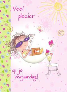 Roze felicitatiekaart met meisje in hangmat - Greetz