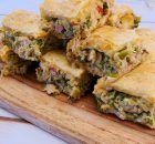 Τραγανά ρολά με ψωμί του τόστ ζαμπόν και τυρί | Συνταγές - Sintayes.gr Spanakopita, Greek Recipes, Feta, Chicken Recipes, Sweets, Health, Ethnic Recipes, Drink, Recipes