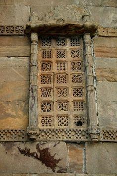 Asia - India / Gujarat by Rudi Roels Asian Windows, Door Bench, Roof Window, Antique Doors, Architectural Features, Door Knockers, Doorway, Wonders Of The World, The Dreamers