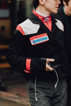 The best street style snaps from London's Fall 2017 men's shows. Photographs by Dan Roberts.