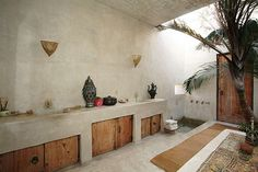 This incredible square-foot compound can found right in the middle of the crowded streets of Venice Beach, California. This Moroccan-style palace was inspired and created by Phillip Dixon in through his trips around Small Beach Houses, Moroccan Interiors, House, Interior, Venice Beach House, House Interior, Beach House Decor Diy, Dixon Homes, Rustic House