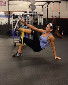 -Core Interval Workout- 60seconds of each movement with 20 seconds rest.  4 rounds!