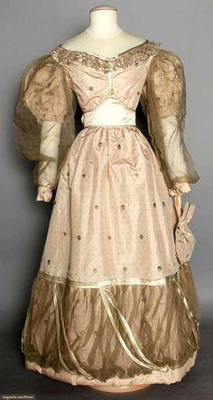 Silk Wedding Dress & Reticule, England, 1828, Augusta Auctions, MAY 13th & 14th, 2014, Lot 5