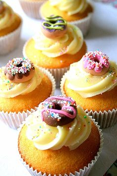 Absolutely darling little doughnut topped cuppies! #cute #cupcakes #donuts #doughnuts #food #dessert #baking #birthday