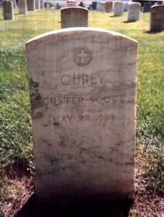 Curly - Find A Grave Memorial Custer Battlefield, Battle Of Little Bighorn, George Armstrong, Crow Indians, Grave Markers, Famous Graves, Big Sky Country, National Cemetery, Cemetery Art