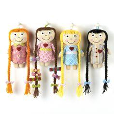 Happi Hairclip Doll Asst 4 Designs © Twos Company