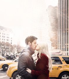 Once Upon a Time | Killian and Emma in New York