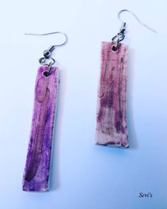 Ceramic earrings. Handmade and handpainted. Simple and elegant earrings to wear all day ...