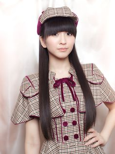 Kashiyuka is a very pretty young lady.