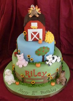 farm animal cake | version of my farm cake. Fondant covered RKT barn, gumpaste animals ...