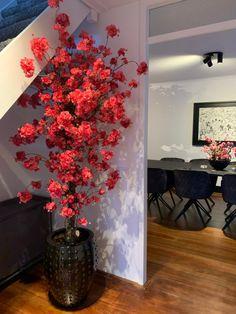 Home Id, Visual Display, Decorative Items, Decorations, Elegant, Painting, Furniture, Design, Houses