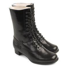 Bunadstilbehør til din bunad Norwegian Fashion, Combat Boots, Costumes, Vest, Elegant, Norway, Shoes, Folklore, Maid