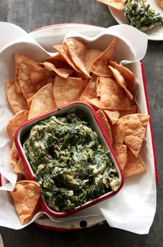 The BEST homemade spinach dip ever created from www.whatsgabycooking.com (@whatsgabycookin)