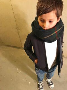 tokyonhさんの「THE PARK SHOP/ザ パークショップ Park Zip hoody(FREAK'S STORE)」を使ったコーディネート Kids Fashion Wear, Toddler Fashion, Toddler Outfits, Boy Fashion, Boy Outfits, Fashion Dresses, Toddler Clothing Stores, Boy Clothing, Clothing Styles