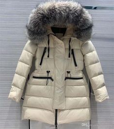 2019 European And American Women'S Clothing 2019 Winter New Style Long Sleeve Hooded The Big Fur Collar Fashion Down Jacket From Laiyaying, $187.82   DHgate.Com Pretty Outfits, Fall Outfits, Pretty Clothes, Luxury Dress, Fur Collars, American Women, Fall Wedding, Autumn Fashion, Winter Jackets