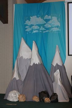 Mount Everest Decorations VBS