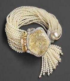 "Best Diamond Bracelets : Cartier ""Secrets Et Merveilles"" Pearl Bracelet tiffany coupons. Bracelet Cartier, Cartier Jewelry, Diamond Bracelets, Pearl Jewelry, Jewelry Box, Antique Jewelry, Vintage Jewelry, Jewelry Accessories, Fine Jewelry"
