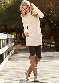 See our straightforward, cozy & basically lovely Casual Fall Outfit inspiring ideas. Get encouraged with one of these weekend-readycasual looks by pinning your favorite looks. casual fall outfits for work Basic Fashion, Look Fashion, Winter Fashion, Fashion Outfits, Womens Fashion, Fashion Trends, Sweater Dress Outfit, Tunic Sweater, Sweater Outfits